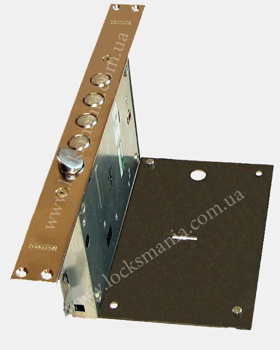 установка бронепластин на двери