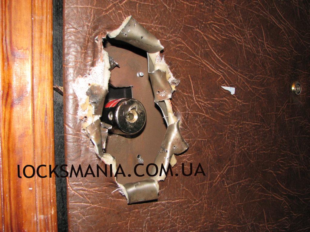 Захист дверей від злому
